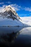 härlig capped bergsnow Royaltyfri Fotografi