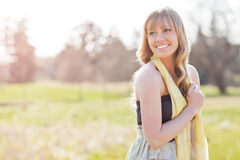 härlig caucasian utomhus- kvinna Fotografering för Bildbyråer