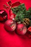 Härlig celebratory julbakgrund Ferier för ` s för nytt år lycklig flicka med loppfallet Arkivbild