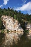 härlig chusovayanaturflod Royaltyfri Fotografi