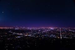 Härlig cityscapesikt av Los Angeles på natten royaltyfria foton