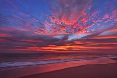 härlig cloudscape över havet Royaltyfria Foton