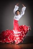 härlig dansareklänningflamenco Arkivbild