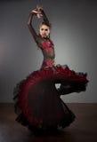 härlig dansareklänningflamenco Royaltyfri Foto