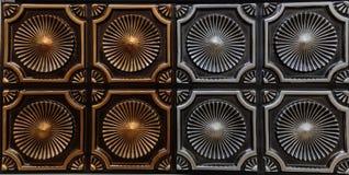 Härlig detaljerad closeupsikt av mörka tegelplattor för tak för brons- och silverfärg inre, lyxig bakgrund royaltyfri bild
