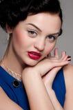 härlig emotionell glamourmodekvinna Royaltyfri Bild