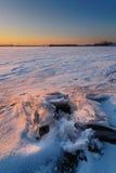 Härlig episk solnedgång i vinterdropp arkivfoto