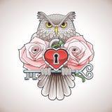 Härlig färgtatueringdesign av en uggla som rymmer en tangent med en hjärtamedaljong och rosa färgrosor Fotografering för Bildbyråer