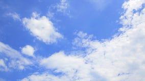 Härlig för molnCloudscape för blå himmel bakgrund 4K ultra HD-Dan Time Lapse arkivfilmer