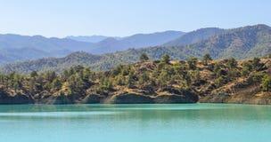 Härlig fördämning i den medelhavs- ön Fotografering för Bildbyråer