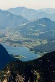 Härlig fjällängsikt från det Dachstein berget, 5 fingrar som beskådar plattformen, Österrike Royaltyfri Foto