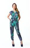 Härlig flicka för modell för mode för affärskvinna i total- sommar royaltyfria bilder
