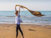 härlig flicka för strand Arkivfoton