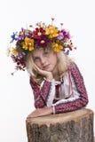 Härlig flicka i ukrainska etniska kläder Fotografering för Bildbyråer