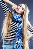 Härlig flicka med dagstidningsmink Royaltyfria Foton