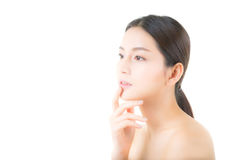 Härlig flicka med makeup-, kvinna- och hudomsorgbegrepp Royaltyfri Bild