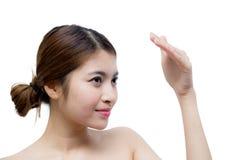 Härlig flicka med makeup-, ungdom- och hudomsorgbegrepp Fotografering för Bildbyråer