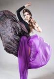 Härlig flicka med modemakeup Fotografering för Bildbyråer