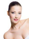 Härlig flicka med skönhetframsidan Royaltyfri Fotografi