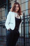 Härlig flicka med stark blick Royaltyfri Fotografi