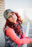 Härlig flicka på taket Fotografering för Bildbyråer