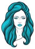 Härlig flickaframsida med långt hår- och frilägeuttryck Hand dragen kvinnastående som stiliseras i linjer dekorativt Royaltyfri Bild