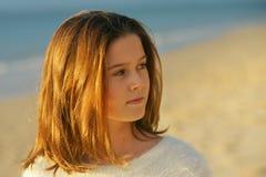 härlig flickahatt över vitt barn Royaltyfria Bilder