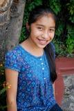 härlig flickalatinamerikan arkivfoto