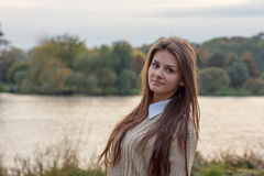härlig flickasolnedgång Royaltyfri Fotografi