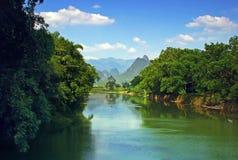 härlig flod Arkivfoto