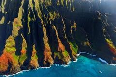 Härlig flyg- sikt av kusten för Na Pali Fotografering för Bildbyråer