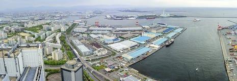 Härlig flyg- sikt av Osaka portcityscape Arkivfoton