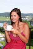 härlig frukost som har kvinnan royaltyfri fotografi