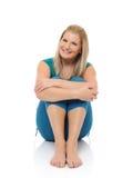 härlig görande lycklig pilateskvinna för kondition Arkivfoton