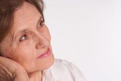 härlig gammalare kvinna Arkivfoto
