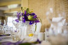 Härlig garnering av brölloptabellen Fotografering för Bildbyråer