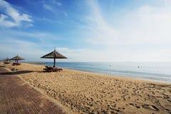 härlig gazebo för strand Arkivfoton