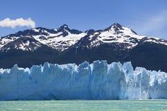 härlig glaciärmoreno perito Arkivfoto