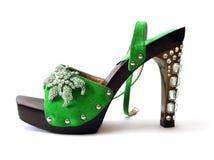härlig green shoes kvinnan Arkivfoto