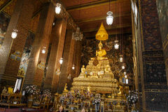 Härlig guld- Buddha Fotografering för Bildbyråer