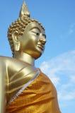 Härlig guld- Buddha Royaltyfria Bilder