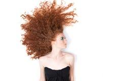 härlig hårredkvinna Royaltyfria Bilder