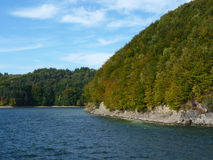 Härlig höst på sjön Solina Bieszczady Royaltyfri Foto