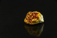 Härlig halv-dyrbar sten på en svart bakgrund Royaltyfri Fotografi
