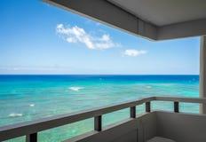 Härlig havsikt från balkong royaltyfri fotografi