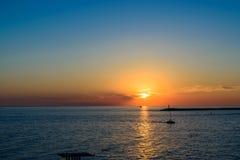 härlig havssolnedgång Fotografering för Bildbyråer