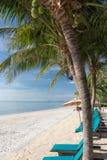 Härlig himmel och hav i den soliga dagen under sommarsemestern i Thailand Arkivfoton