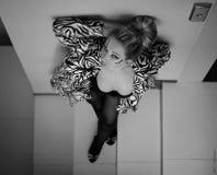 härlig hisskvinna Royaltyfri Fotografi