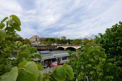 Härlig invallning i Frankrike, Paris Arkivfoto