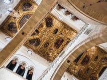 Härlig italiensk kyrka av medeltiden royaltyfri bild